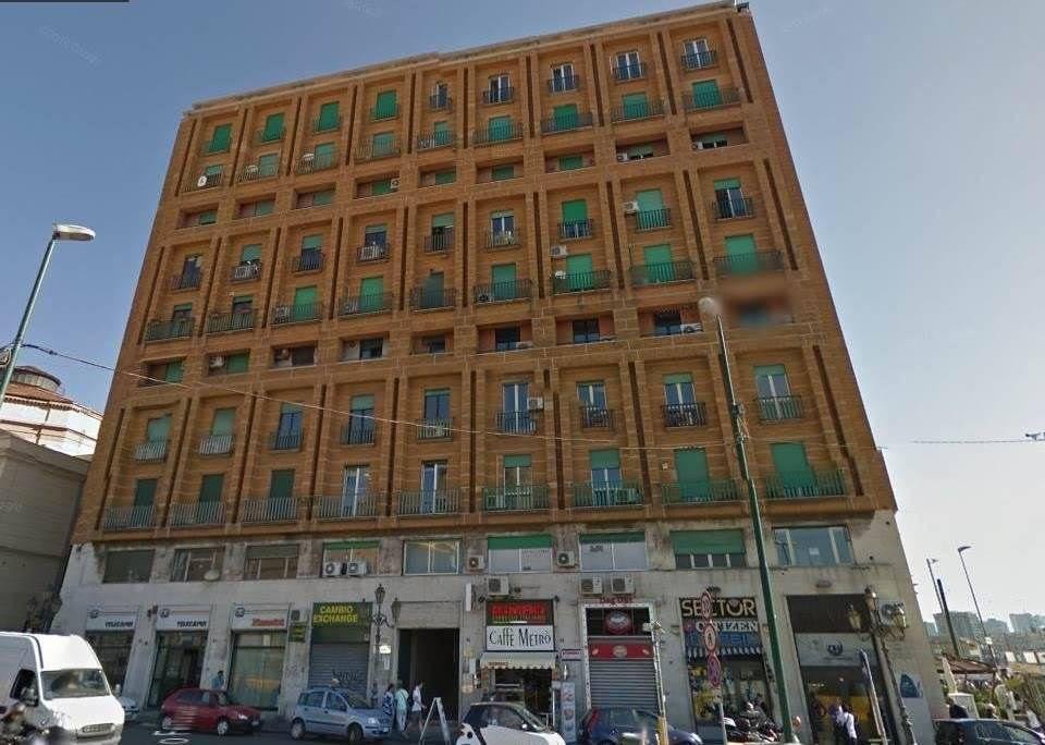 Ufficio uso ufficio in affitto a Napoli