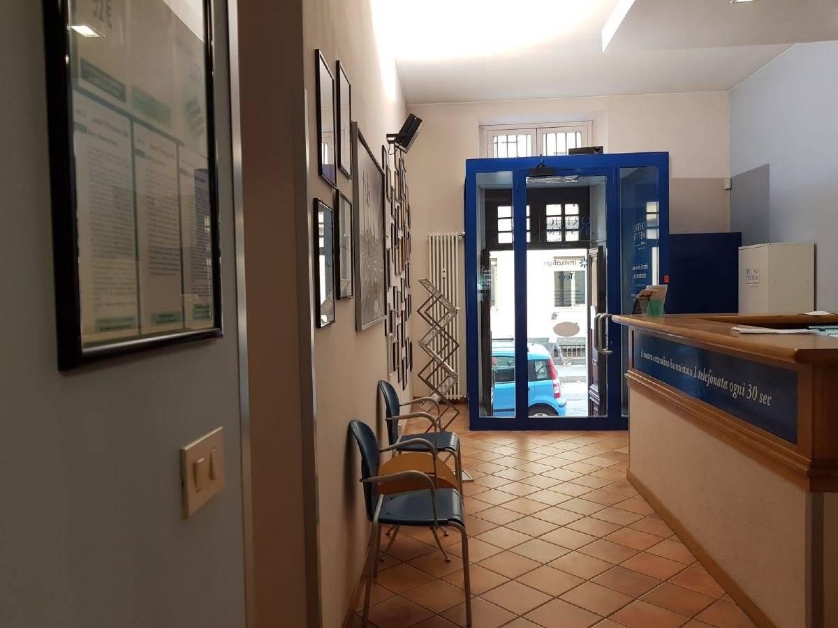 Laboratorio uso commerciale in vendita a Torino