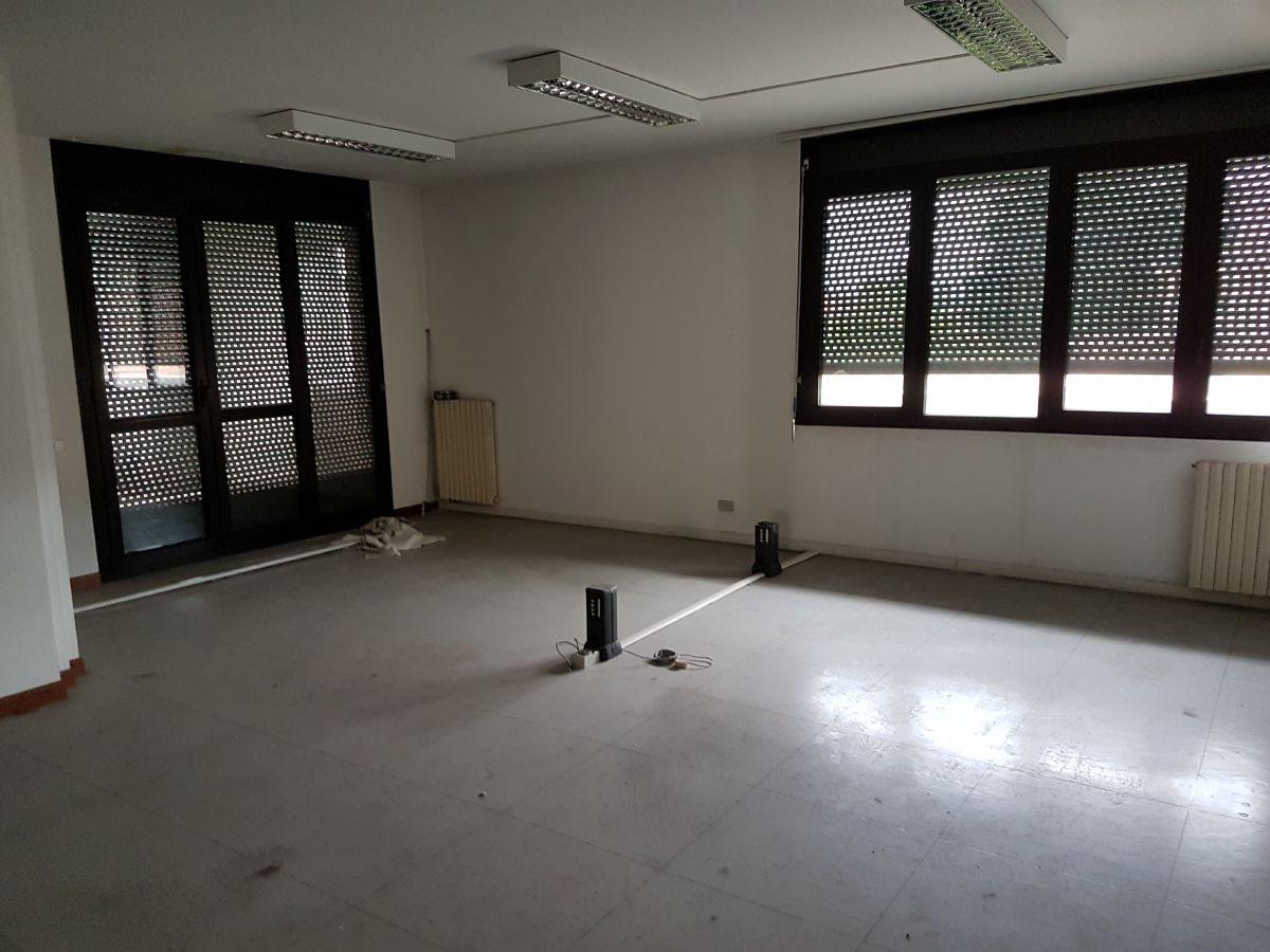 Ufficio uso ufficio vendita a Galliera Veneta