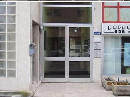 Ufficio in vendita a Pesaro