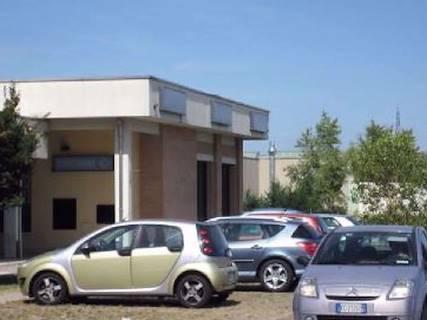 Negozio uso commerciale in vendita a Cavriago