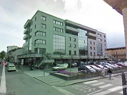 Edificio Direzionale uso ufficio in vendita a Darfo Boario Terme