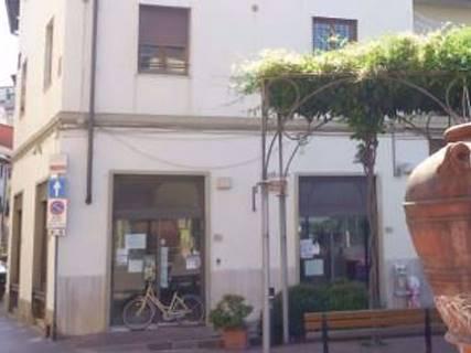 Negozio uso commerciale in vendita a Montelupo Fiorentino