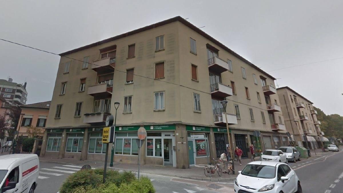 Negozio uso commerciale in vendita a Venezia
