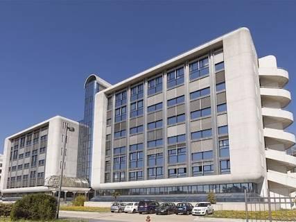Ufficio uso ufficio in affitto a Bologna