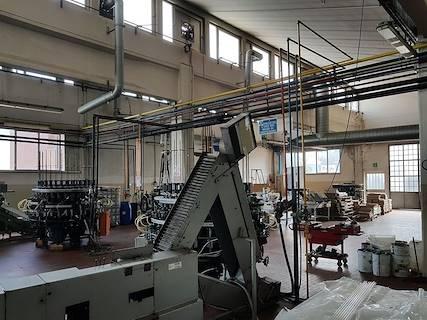 Capannone uso industriale in vendita a Bologna