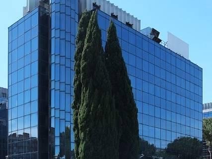 Edificio Direzionale uso ufficio in affitto a Roma