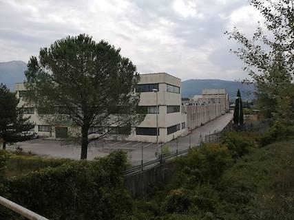 Complesso uso industriale in vendita a Oliveto Citra