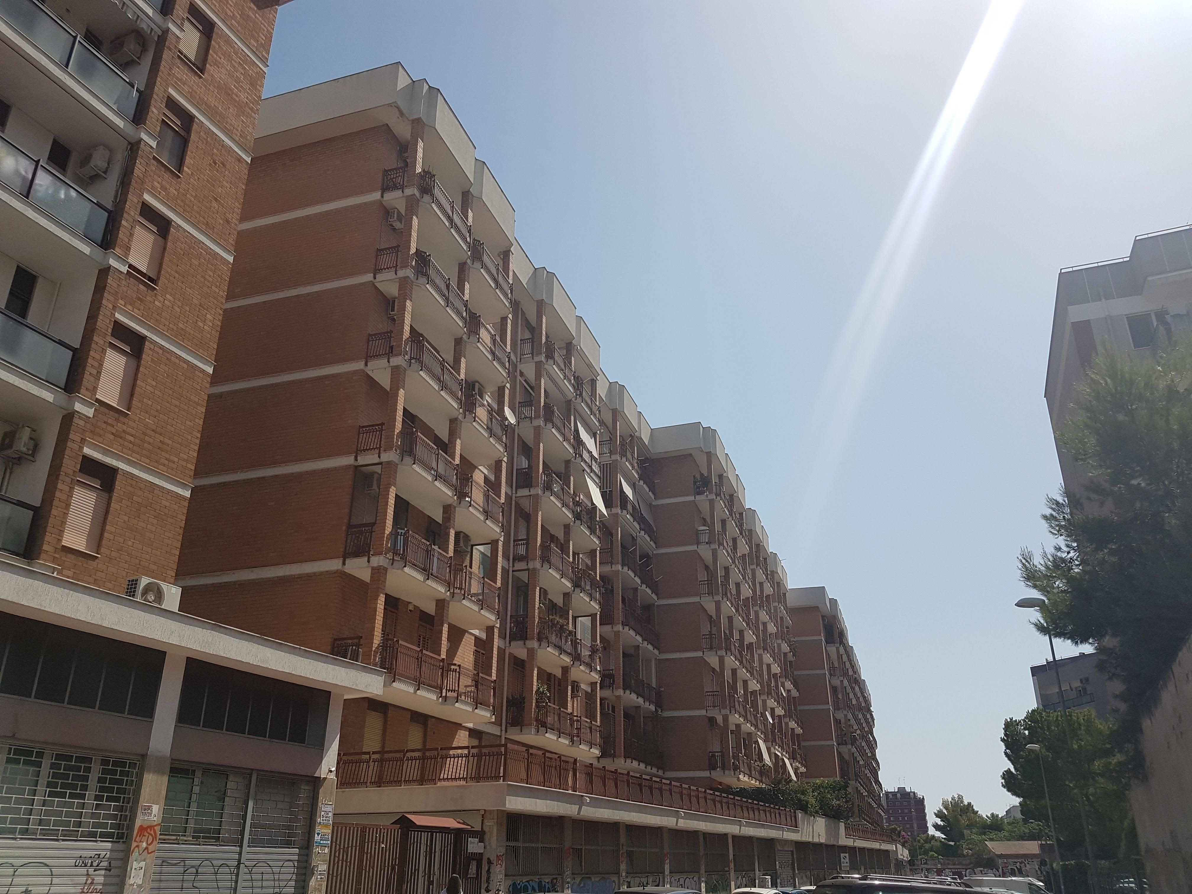 Ufficio uso ufficio in affitto a Bari