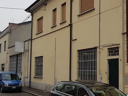 Laboratorio uso commerciale/industriale in vendita a Piacenza