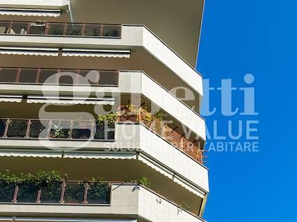 Appartamento uso abitativo in vendita a Roma