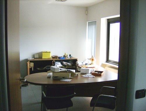 Edificio Direzionale uso ufficio vendita a Trino