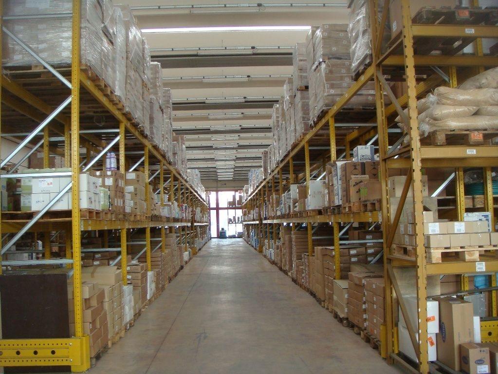 Capannone uso industriale vendita a Padova