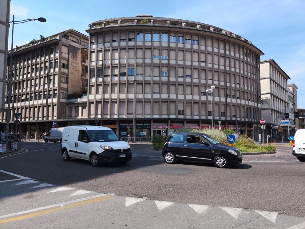 Complesso uso commerciale vendita a Vicenza