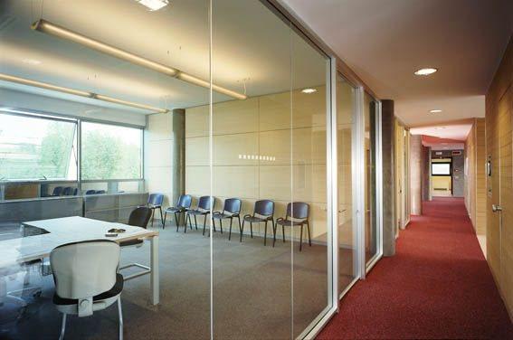 Ufficio uso ufficio in affitto a milano via sant 39 uguzzone for Affitto locale uso ufficio