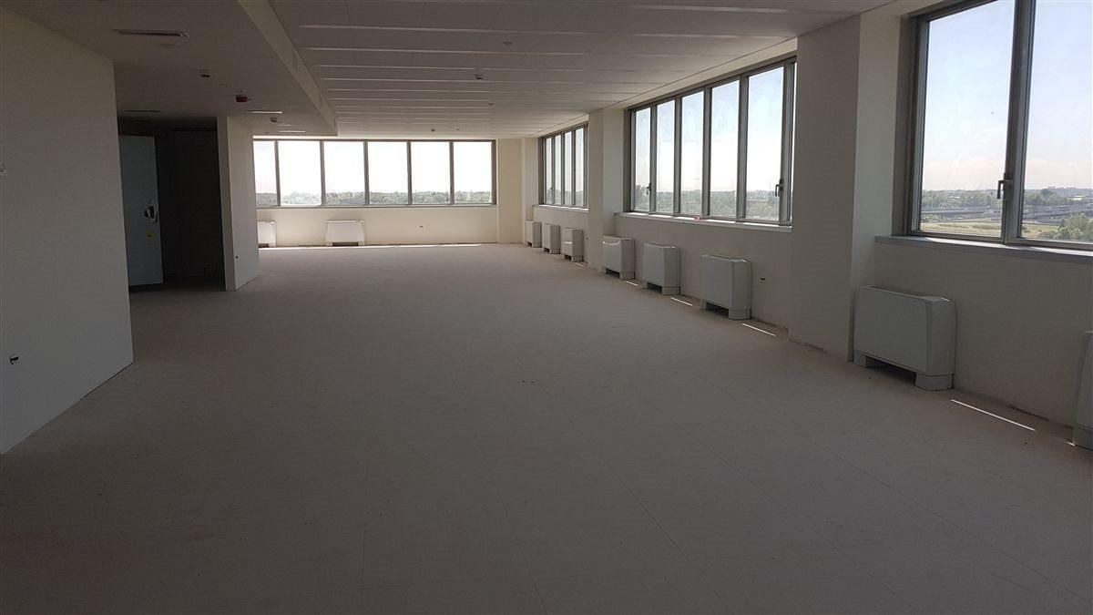 Centro Direzionale uso ufficio affitto a Milano