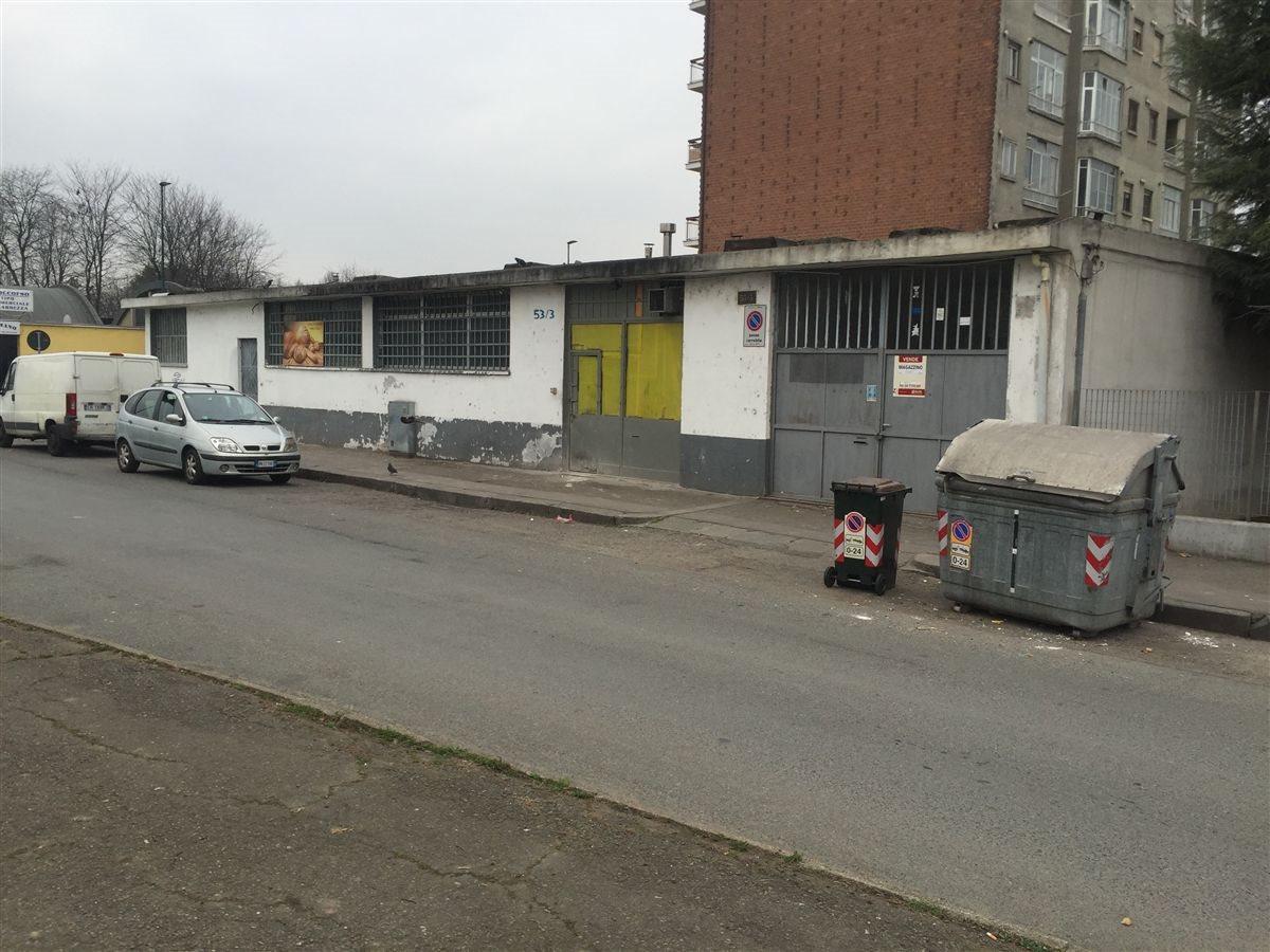 Magazzino uso industriale vendita a Torino